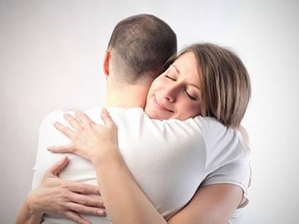 como_apoyar_a_tu_pareja_en_momentos_difíciles